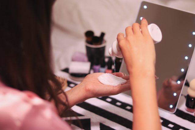 化粧水 つけ方
