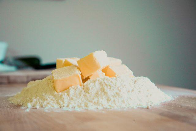バター,小麦